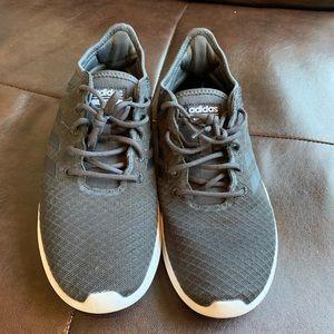 Adidas Cloudfoams 1Y3001
